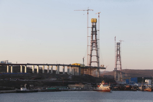 Length - 138809м 49,98+2х90+100+737+100+2х90+41,94м top of suspension towers: 22625м island http
