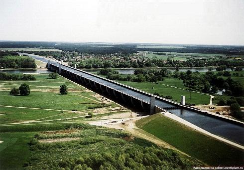 Магдебургский «водный перекресток», Германия, 2003
